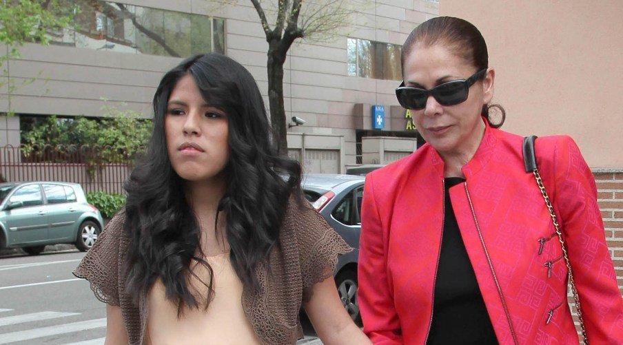 Isabel Pantoja ha mandado a sus abogados que estudien una demanda contra Chabelita