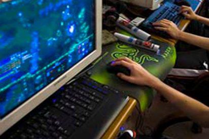 Niño de 14 años apuñala con rabia a su madre tras quedarse sin internet cuando estaba jugando