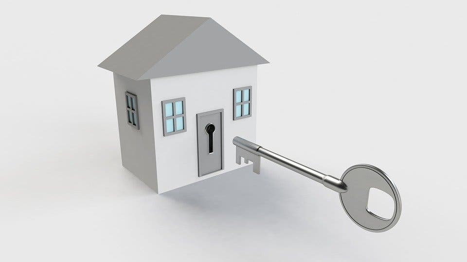 ¿Cuánto dinero tienes que tener ahorrado para comprarte una vivienda en Madrid?