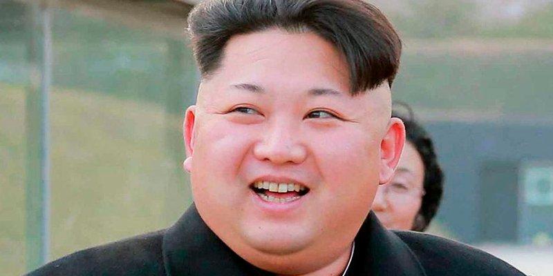 ¿Sabías que el 'gordito inadaptado' Kim Jong-un coleccionaba zapatillas Nike y se pasaba las horas muertas jugando con videojuegos?