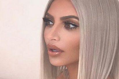 Kim Kardashian les da una sorpresa a los Reyes Magos de Oriente recibiéndolos desnuda