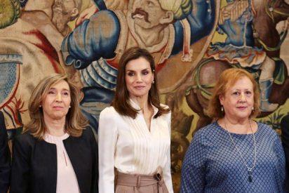 La Reina Letizia nos da las claves para un 'working look' perfecto