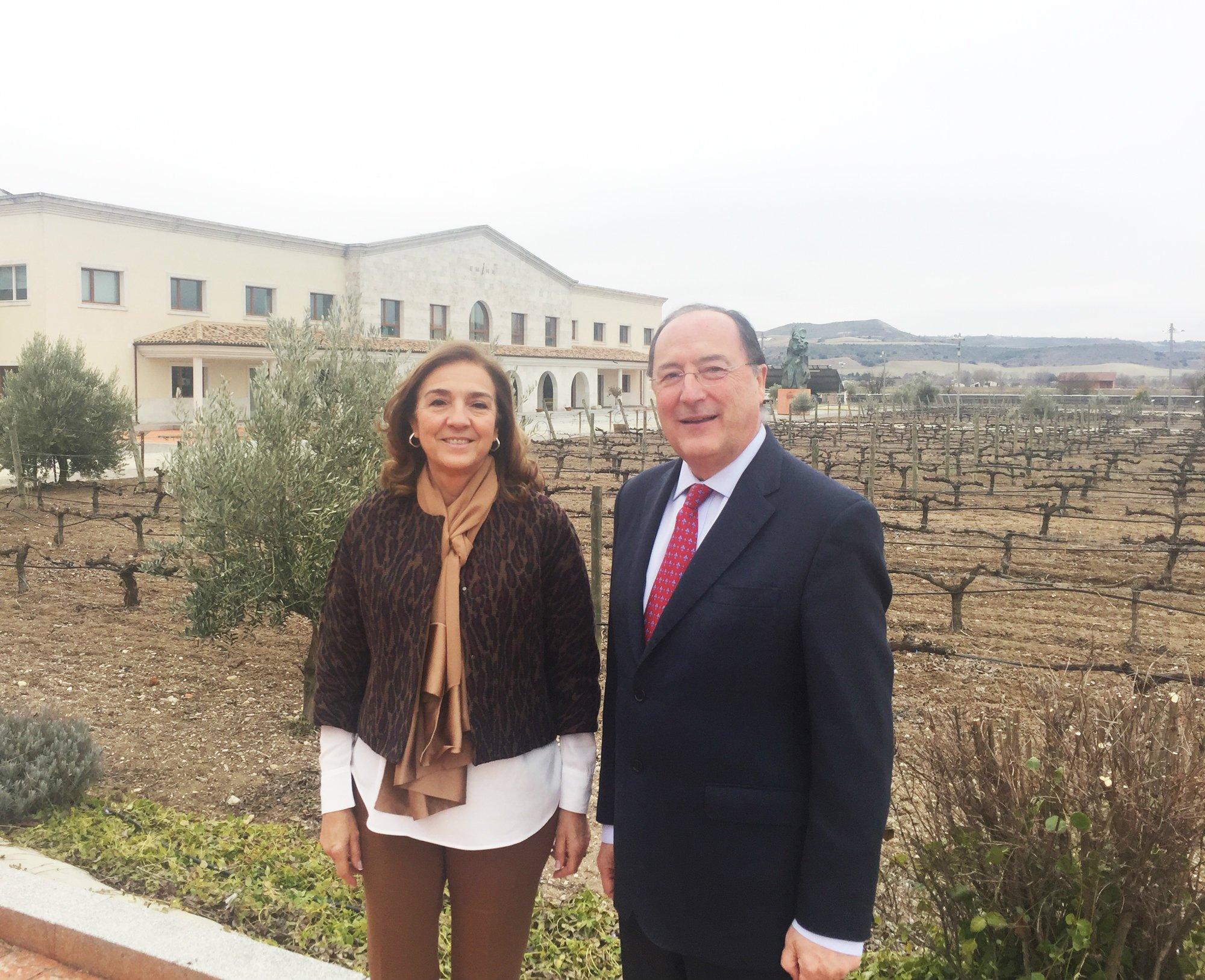 Carmen Vela elogia el permanente esfuerzo innovador de pymes como Matarromera