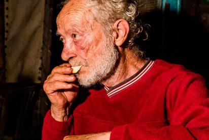 Robinson Crusoe existe y se llama Mauro Morandi: Vive solo en una isla desde hace 28 años