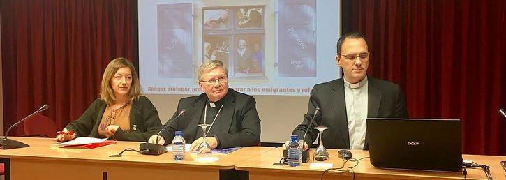 """La Iglesia exige el cierre de los CIE y denuncia el """"fracaso de las políticas migratorias"""" en España"""