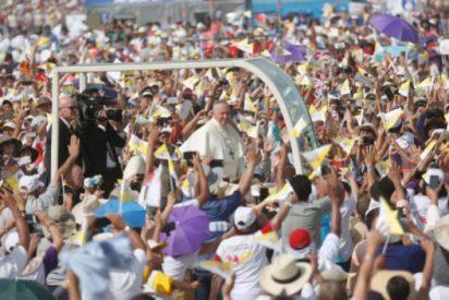 """La visita del Papa a Perú, """"el evento más grande en la historia del país"""""""