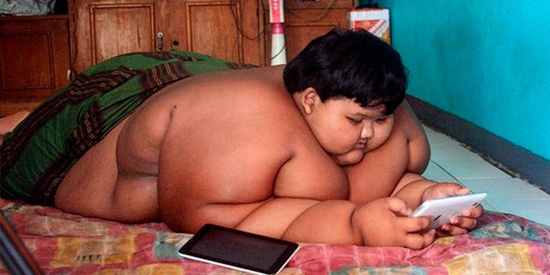 El radical cambio de este niño obeso tras estar a dieta nueve meses