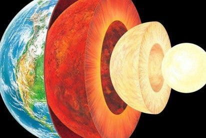 El calor que sube desde el centro de la Tierra también deshiela Groenlandia