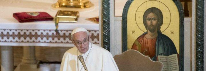 """Francisco lamenta el """"flagelo de la guerra"""" en Ucrania: """"Le pido al Príncipe de la Paz que silencie las armas"""""""