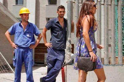 Según los 'genios y genias' de la Junta de Andalucía, los piropos ahora son «violencia machista»