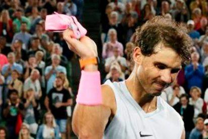 Rafa Nadal muy cabreado por tener que retirarse lesionado en el Open de Australia