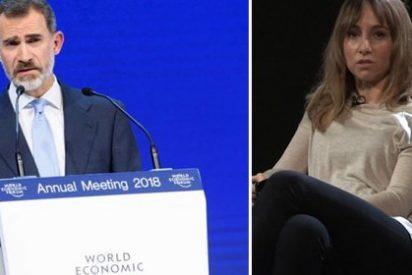 """Twitter entierra las afirmaciones demagógicas e ignorantes de la directora de 'Público Today' que criticó a Felipe VI por """"hacer política"""" en Davos"""