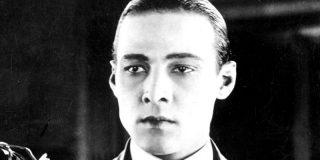 Rodolfo Valentino: La breve, extraña y gloriosa vida del primer sex symbol de la historia del cine