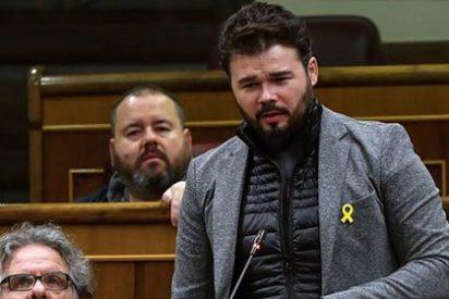 Gabriel Rufián se lleva una paliza de abrigo por atacar sin piedad a varios diarios
