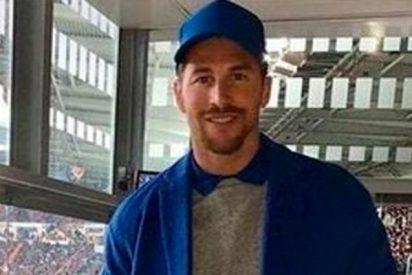 Sergio Ramos se viste de 'repartidor de pizzas con gabardina' y las redes se flipan