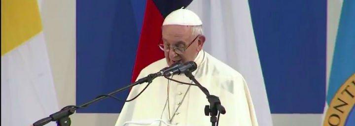 """El Papa pide a la Universidad Católica """"abrir horizontes e iluminar el sendero para los descartados de la sociedad"""""""