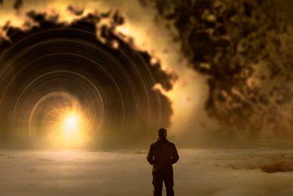Este 'viajero del tiempo' muestra una foto de una ciudad del año 6000