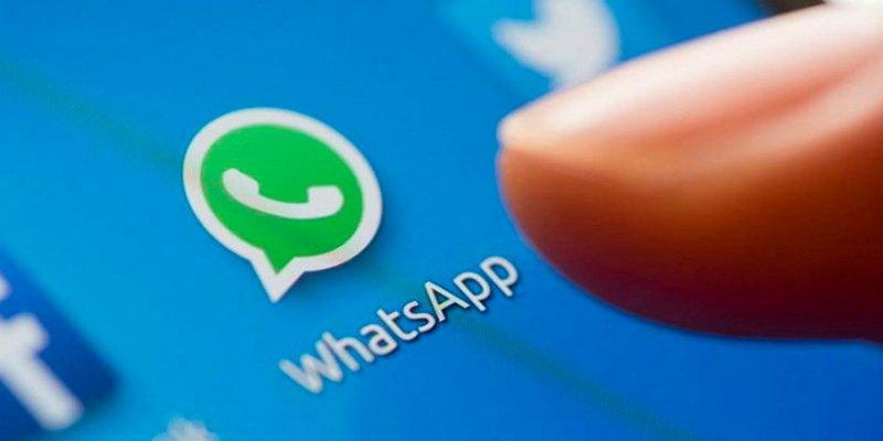 Así es la nueva herramienta de WhatsApp que te permite ver vídeos de YouTube mientras sigues chateando