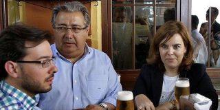 Antonio Burgos despelleja a los timoratos Soraya y Zoido por su cobardía con el golpismo catalán