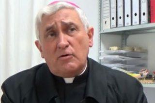 El obispo de Cádiz despide a cuatro trabajadores de Cáritas diocesana