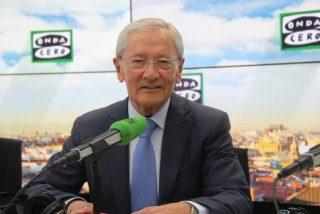 """Las hostias de Fernando Ónega a los """"imbéciles"""" Colau, Torrent y Puigdemont por no comulgar con Felipe VI"""