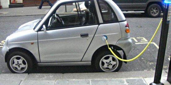 Coche eléctrico: ¿cuántos puntos de recarga hay en España?