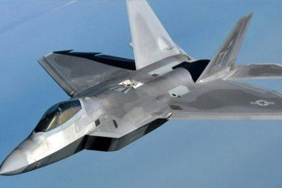 Un caza de EEUU escolta a un avión comercial iraní en Siria