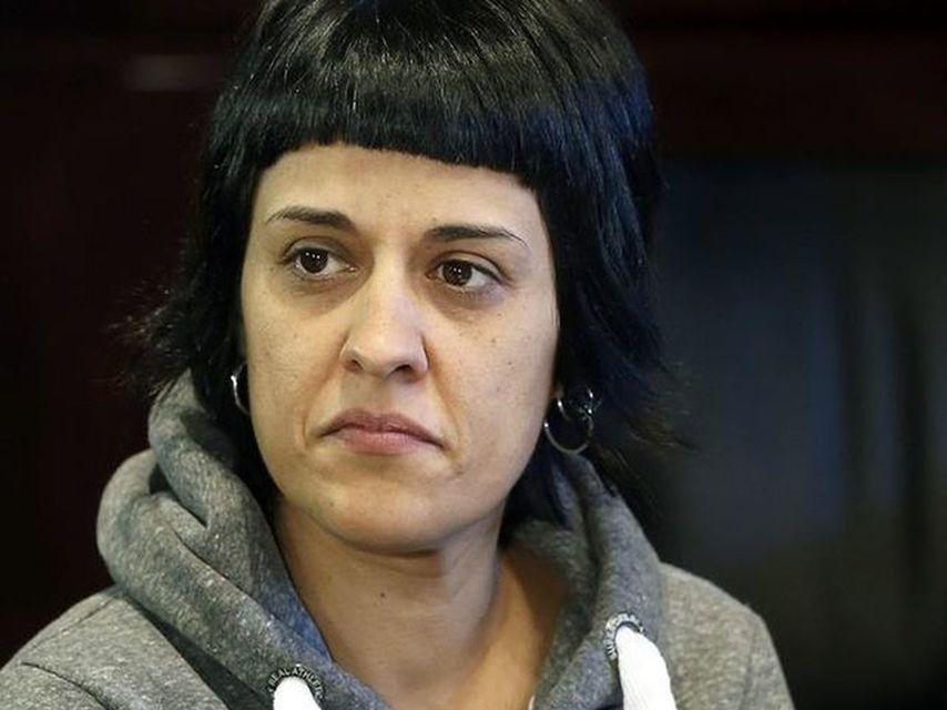 El acojonante recibimiento de una periodista venezolana a la 'guarra' Anna Gabriel