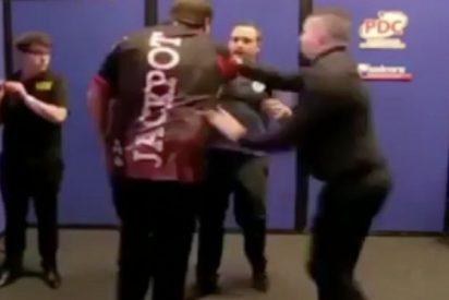 La asquerosa agresión de Adrian Lewis a José Justicia en el Abierto Británico