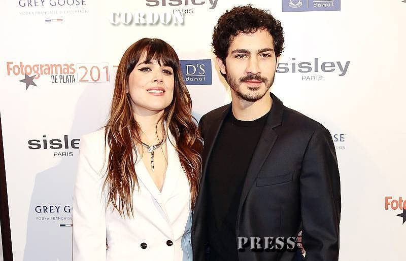 Adriana Ugarte y Chino Darín viven su particular 'Nueve semanas y media'