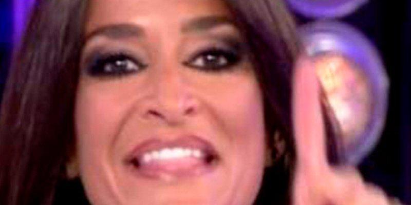 Aída Nizar le 'saca las tiras' a María Patiño
