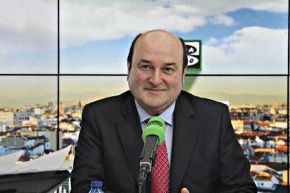 Al presidente del PNV se le va la olla y sale con que el gran problema de España es Ciudadanos