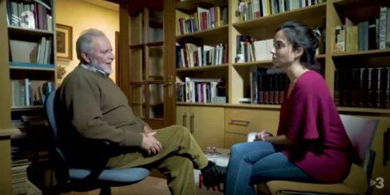¡Para lo que ha quedado Julio Anguita! El 'califa' se pone la estelada y se ríe en TV3 de los jueces españoles
