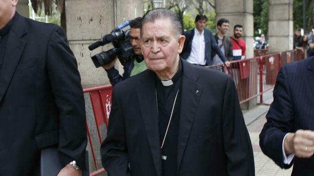 La juez archiva la causa contra el obispo emérito de Cádiz