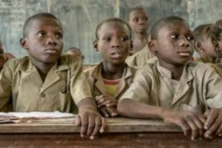 """""""Apadrina una escuela"""", para que todos los niños puedan tener una educación de calidad"""