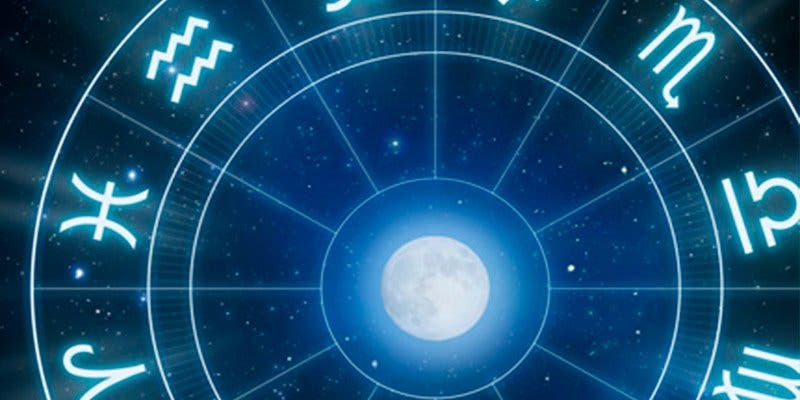 ¿Sabes por qué mucha gente aún sigue creyendo en la astrología?