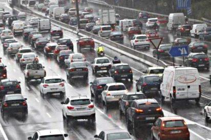Colapso de tráfico en el Madrid de Carmena y los podemitas: dos túneles cerrados y atascos kilométricos