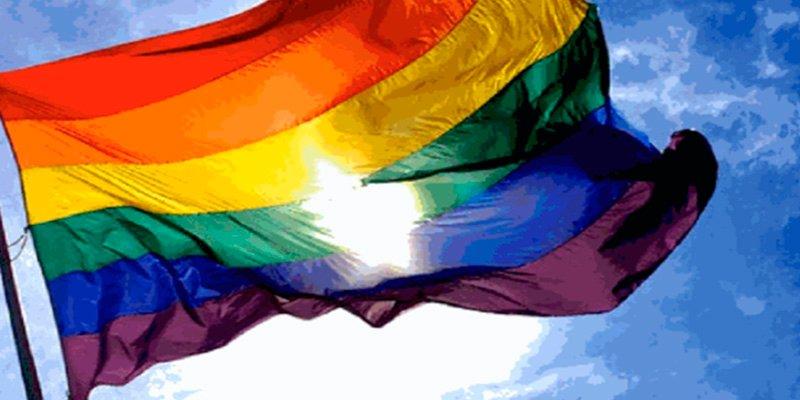 La polémica guía para detectar a gays publicada por un periódico de Malasia