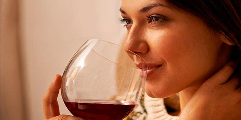 Un poco de vino, es bueno para el colon