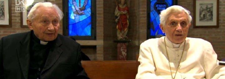 La Santa Sede desmiente que Benedicto XVI tenga una enfermedad paralizante