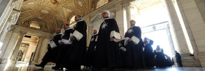 Las bases de la Orden de Malta piden más presencia de laicos y mujeres en la organización