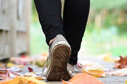 Si notas desgastes irregulares en las suelas de tus zapatos o sufres lumbalgias pueden indicar que necesitas utilizar plantillas