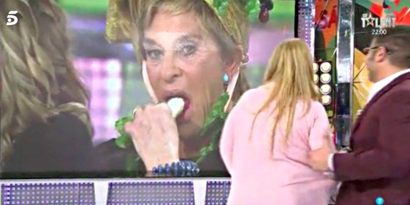 """Telecinco: La """"felación"""" en directo en 'Sálvame' le puede costar una pasta a Paolo Vasile"""