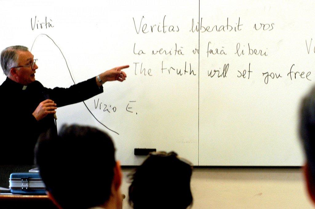 Dos de cada tres familias españolas rechazan que la Religión sea evaluable