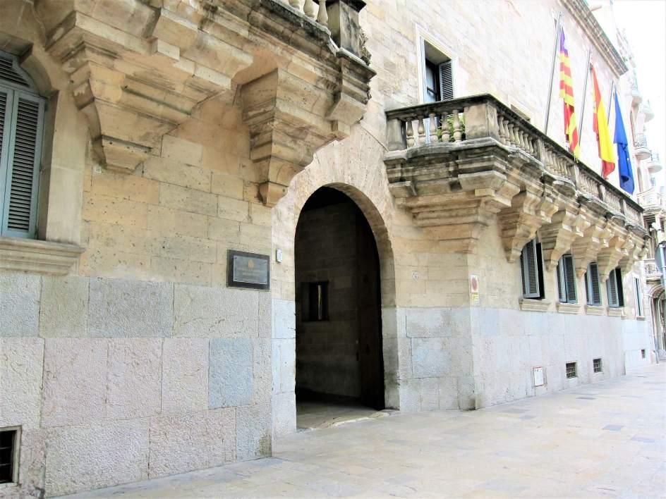 Las Jerónimas demandarán al obispo de Mallorca por la titularidad del Monasterio de san Jeroni
