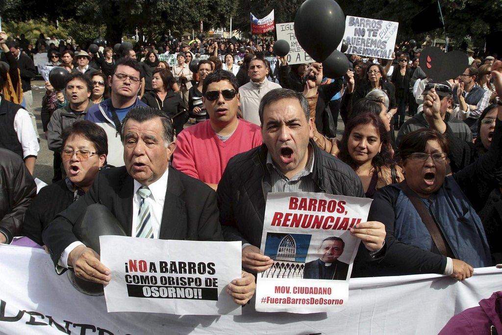 """Los denunciantes de Barros exigen """"condiciones"""" a la investigación papal en Chile"""
