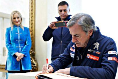 Carlos Sainz y Lucas Cruz, homenajeados en Madrid tras su victoria en el Dakar