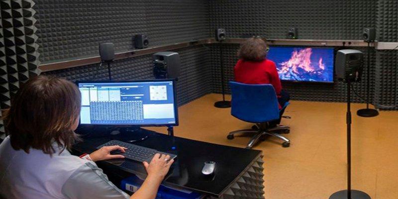 Consiguen un diagnóstico más preciso de las deficiencias auditivas recreando escenarios cotidianos en 3D