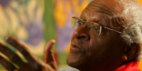 Desmond Tutu anuncia su dimisión como embajador de Oxfam