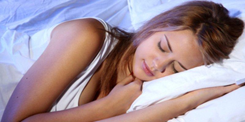 ¿Sabes cuántas horas deberías dormir según tu edad?